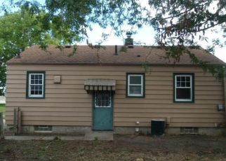 Foreclosed Home in Toledo 43605 LONGDALE AVE - Property ID: 4295781381
