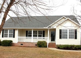 Foreclosed Home in Washington 27889 IRON CREEK DR - Property ID: 4295791459