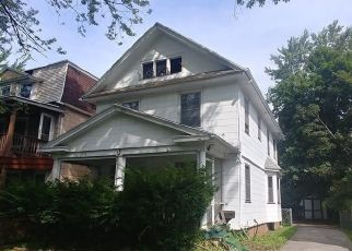 Foreclosed Home in Rochester 14613 LAKEVIEW PARK - Property ID: 4295801988