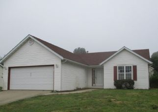 Foreclosed Home in Belleville 62221 CLOVERRIDGE LN - Property ID: 4295868545