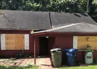 Foreclosed Home in Atlanta 30310 DERRY AVE SW - Property ID: 4295878622