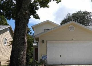 Foreclosed Home in Jacksonville 32225 MEADOWVIEW DR N - Property ID: 4295896574