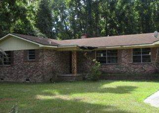 Foreclosed Home in Ladys Island 29907 LITTLE CAPERS RD - Property ID: 4295964906