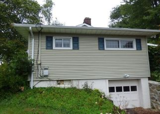 Foreclosed Home in Wolcott 06716 CASSANDRA DR - Property ID: 4296085336