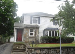 Foreclosed Home in Pawtucket 02861 ARMISTICE BLVD - Property ID: 4296159806