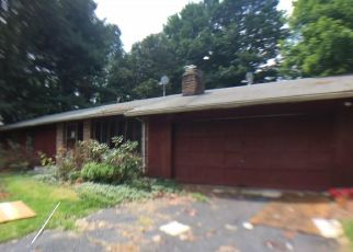 Foreclosed Home in Windsor 06095 MERRIMAN RD - Property ID: 4296289883