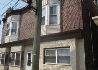 Foreclosed Home in Gloucester City 08030 N BROADWAY - Property ID: 4296378339