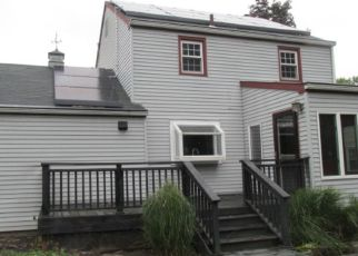 Foreclosed Home in Trenton 08618 SUTHERLAND RD - Property ID: 4296380989