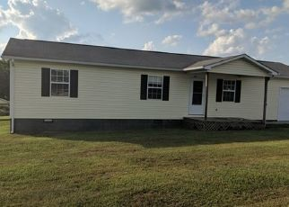 Foreclosed Home in Tazewell 37879 HELEN LN - Property ID: 4296501863