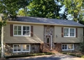 Foreclosed Home in Johnson City 37601 QUAIL HARBOUR DR - Property ID: 4296502286