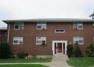 Foreclosed Home in Yonkers 10703 DEHAVEN DR - Property ID: 4296580692