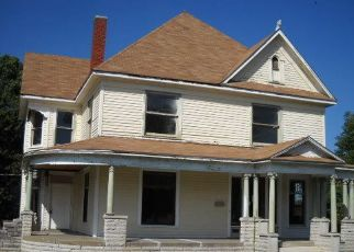 Foreclosed Home in Baxter Springs 66713 E 9TH ST - Property ID: 4296691495