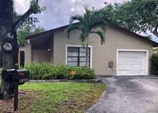 Foreclosed Home in Miami 33186 SW 108TH STREET CIR N - Property ID: 4296754119