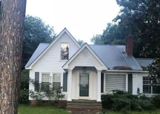 Foreclosed Home in Monroeville 36460 EAST AVE - Property ID: 4296896468