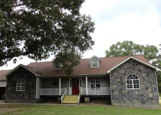 Foreclosed Home in Silver Creek 30173 PINERIDGE DR SE - Property ID: 4296981433
