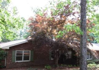 Foreclosed Home in Toccoa 30577 SHAWNEE TRL - Property ID: 4296987120