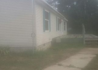 Foreclosed Home in Reed City 49677 S HAWKINS RD - Property ID: 4297152686