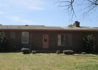 Foreclosed Home in Dunn 28334 HOLLERIN RD - Property ID: 4297214889