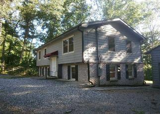 Foreclosed Home in Franklin 28734 LAKESHORE DR - Property ID: 4297215307