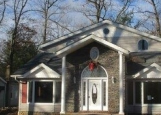 Foreclosed Home in Butler 07405 MAPLE LAKE RD - Property ID: 4297259102