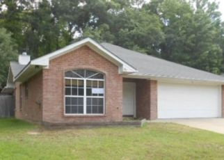Foreclosed Home in Flint 75762 FREDERICK CIR - Property ID: 4297434743