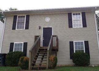 Foreclosed Home in Roanoke 24012 CANNADAY RD NE - Property ID: 4297460133