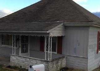 Foreclosed Home in Bristol 24201 SUMMIT ST - Property ID: 4297519262