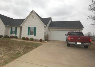 Foreclosed Home in Oakfield 38362 EAGLE RIDGE DR - Property ID: 4297524974