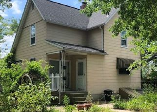 Foreclosed Home in Baltimore 21214 HAMILTON AVE - Property ID: 4297552556