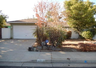 Foreclosed Home in Clovis 93612 W RALL AVE - Property ID: 4297640587