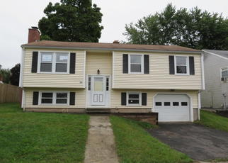 Foreclosed Home in Middletown 06457 KENT CT - Property ID: 4297682636