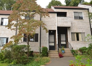 Foreclosed Home in Branford 06405 HAMPTON PARK - Property ID: 4297688322