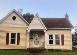 Foreclosed Home in Burlington 27217 GRACE AVE - Property ID: 4297748325
