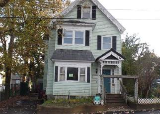 Foreclosed Home in Lowell 01851 B ST - Property ID: 4297905564