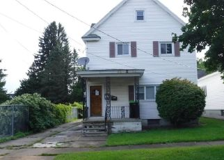 Foreclosed Home in Frankfort 13340 3RD AVE - Property ID: 4297926134