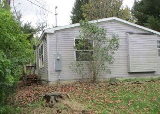 Foreclosed Home in Addison 14801 GROVE ST - Property ID: 4298031707