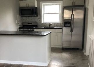 Foreclosed Home in Barrington 08007 W WILLIAMS AVE - Property ID: 4298076368