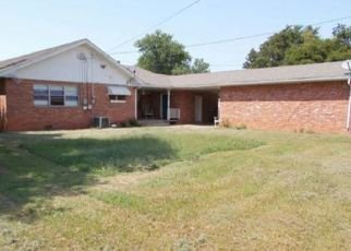 Foreclosed Home in Frederick 73542 S 13TH ST - Property ID: 4298151706