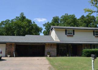 Foreclosed Home in Enid 73703 OAK RIDGE RD - Property ID: 4298281334