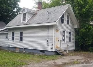 Foreclosed Home in Bangor 04401 PRENTISS ST - Property ID: 4298356678