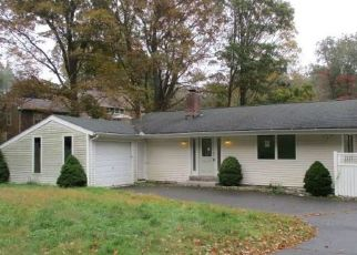 Foreclosed Home in Wolcott 06716 CENTER ST - Property ID: 4298380316