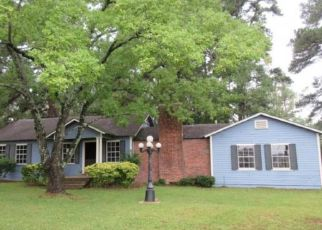 Foreclosed Home in Joaquin 75954 STATE HIGHWAY 7 E - Property ID: 4298496387