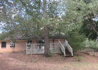Foreclosed Home in Tyler 75707 LAKESHORE DR - Property ID: 4298497256