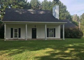 Foreclosed Home in Brandon 39042 OAK RIDGE RD - Property ID: 4298512592