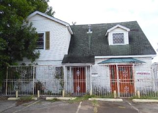 Foreclosed Home in Houston 77017 HOWARD DR - Property ID: 4298671579