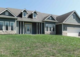 Foreclosed Home in Topeka 66605 SE 23RD TER - Property ID: 4298732900