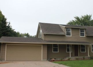 Foreclosed Home in Hesston 67062 E SPRUCE ST - Property ID: 4298748661