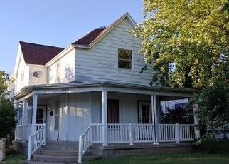 Foreclosed Home in Russell 67665 E 7TH ST - Property ID: 4298751282