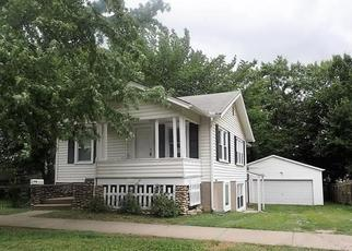 Foreclosed Home in Ottawa 66067 S LOCUST ST - Property ID: 4298752603