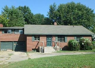 Foreclosed Home in Pittsburg 66762 FIELDCREST DR - Property ID: 4298759163